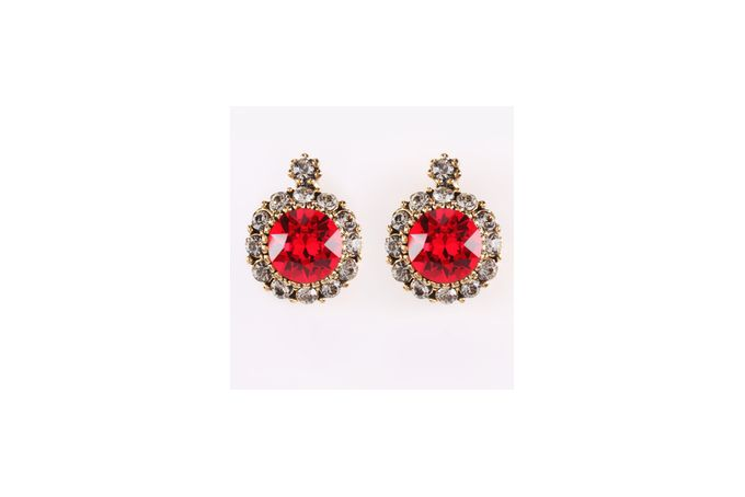 Vintage earring with red Swarovski element crystal by Civetta Spark