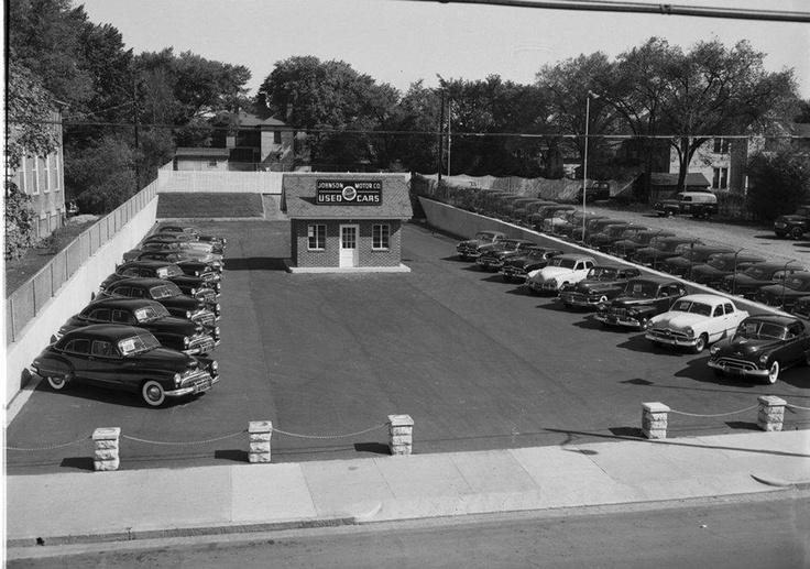 vintage used car dealership