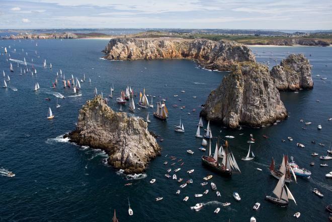 Les tas de pois, presqu'île de Crozon - sortie des voiliers de Brest vers Douarnenez, Bretagne