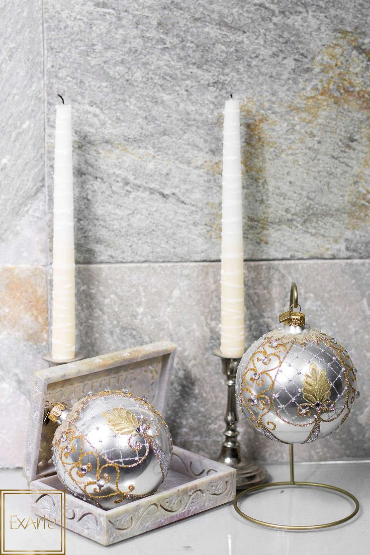 Inspiracje na Święta Bożego Narodzenia - szklane bombki choinkowe.  Please visit our online shop with beautiful, hand crafted glass christmas ornaments :)