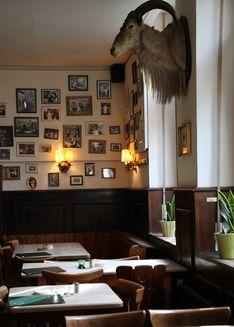 """Gaststätte """"bei Oma Kleinmann""""  Zülpicher Strasse 9 Cologne  monday closed tue - sun 5.00 pm - 1.00 am  tel. +49 221 232346  info@beiomaklei..."""