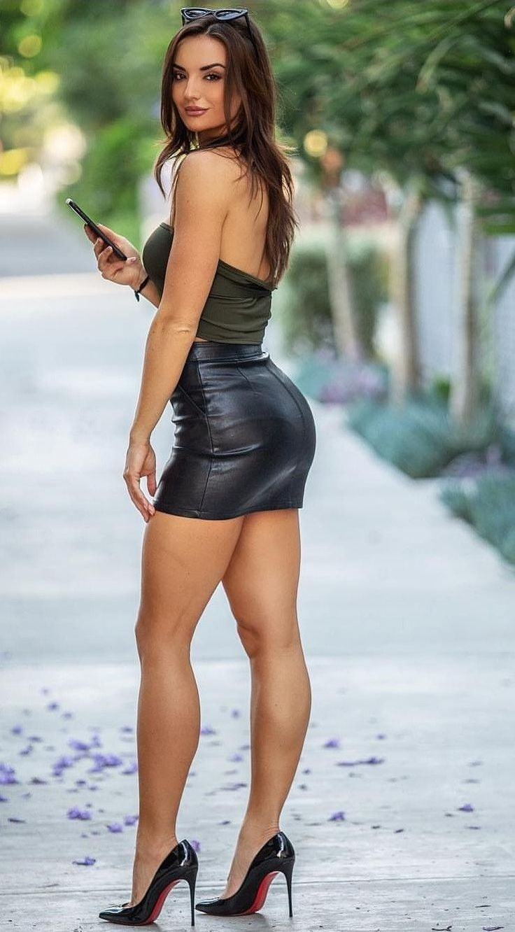 latina-in-short-skirts-with-captions-oral-granny