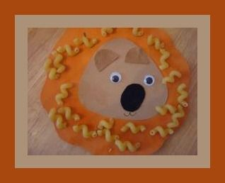 Lion Face Pasta Craft For Kids - so cute!! need paper, felt, googly eyes, macaroni: Crafts For Kids, Letter Craft, Pasta Crafts, Kids Crafts, Kiddies Crafts, Kid Crafts, Face Pasta