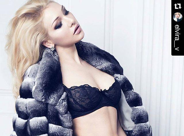 @elvira__v #Мех #меха #мехмода #шуба #шиншилла #chinchillafur  #Русскаядевушка #роскошь #мода #красота #ангел #принцесса #fur #furfashion #fashionista #furfashionista #ootd #winterfashion #модница #мехамодница #silverfox #instafur #ilovefur #instafashion #красиво #селфи #sexy #instamood #instadaily #furfetish