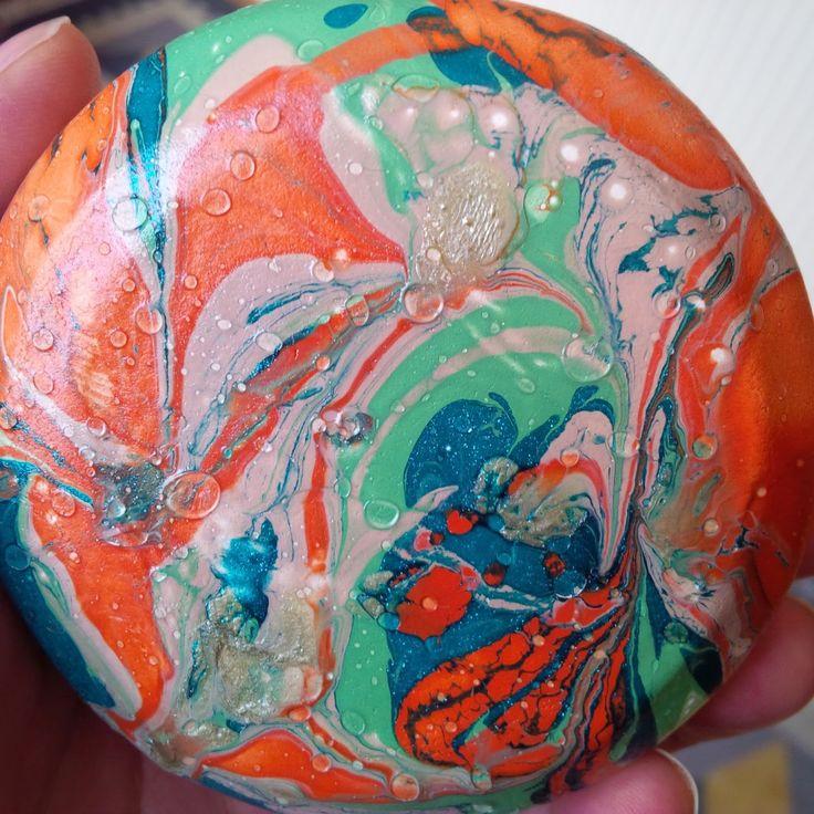 marbiling clay bowl