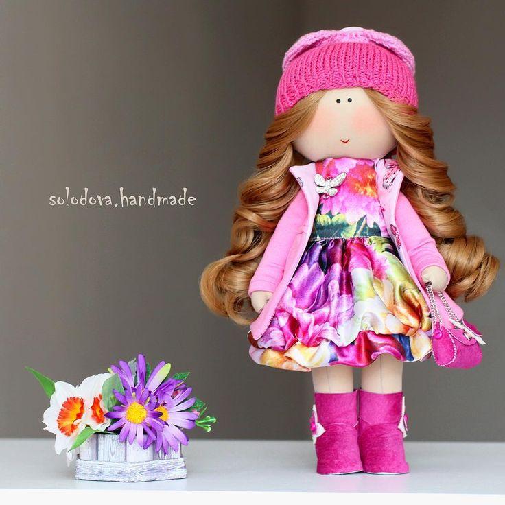 """106 Me gusta, 2 comentarios - ⠀⠀⠀⠀⠀⠀⠀⠀⠀✂️Интерьерная кукла 📷 (@solodova.handmade) en Instagram: """"Сегодня сумасшедший день!  Всем хорошего настроения и улётный пятницы!!! #solodovahandmade #tilda…"""""""