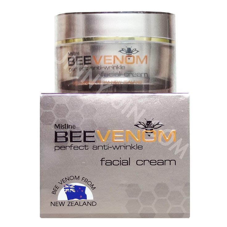This concentrated facial cream is formulated to deeply nourish the skin with the best Bee Venom from New Zealand. It is collected by safe and advanced technology to especially select the most active ingredients which work to provide visibly firmer skin, youthful look and a less wrinkled appearance. It also contains Super Hyaluronics+, New Zealand Royal Jelly and Vitamin Plus to hydrate skin for noticeable elasticity and smoother looking beautiful skin. 28g