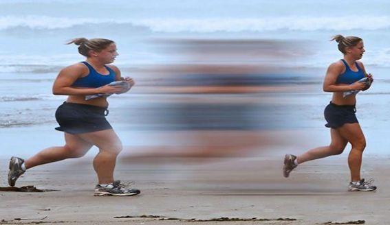 Perder peso es una labor complicada en la que debemos ser constante. Lo importante es mantenernos en nuestro peso ideal y para ellos podemos optar por una combinación perfecta entre ejercicio físico y una dieta equilibrada. Veamos cómo hacerlo de manera saludable. http://farmayoral.com/blog/dieta-ejercicio-tus-mejores-aliados-perder-kilos-mas/