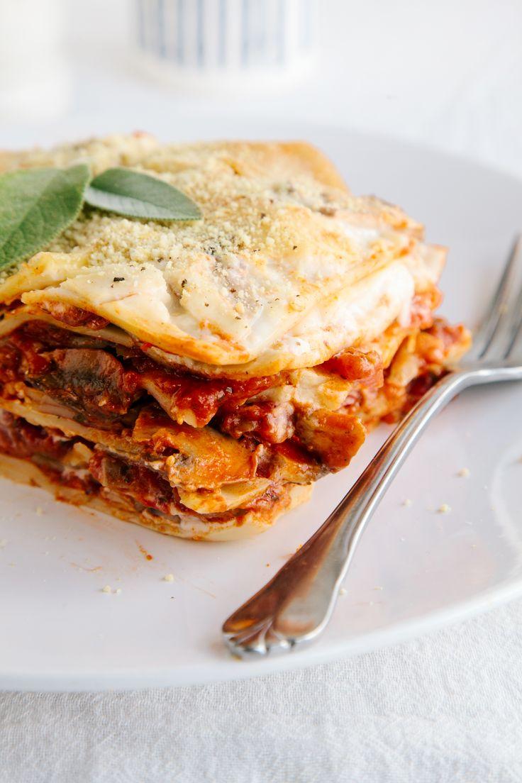 Mushroom Lasagna (onion, carrot, mushrooms, tomato puree, lasagne sheets)