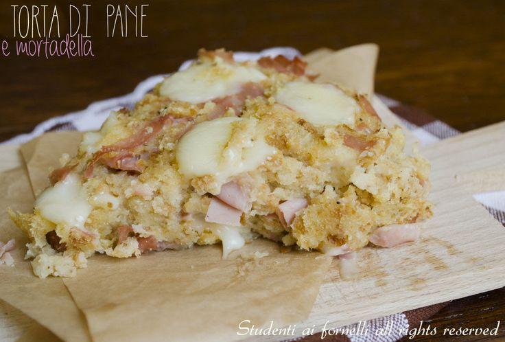 torta di pane con mortadella e mozzarella ricetta con pane raffermo