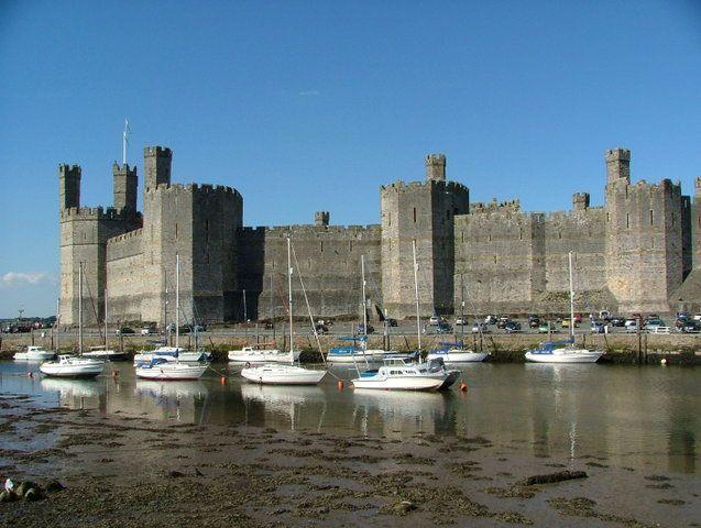 Замок Caernarfon (Канавон), Северный Уэльс