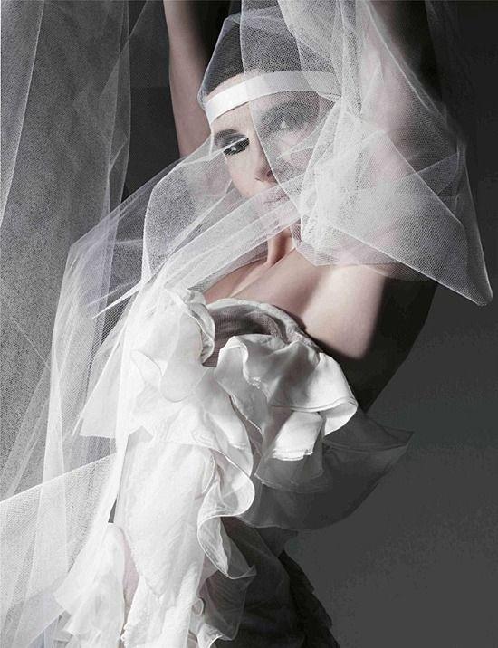 Juliette Binoche | Playboy (francia) - 2007 november - kimaradt jelenetek