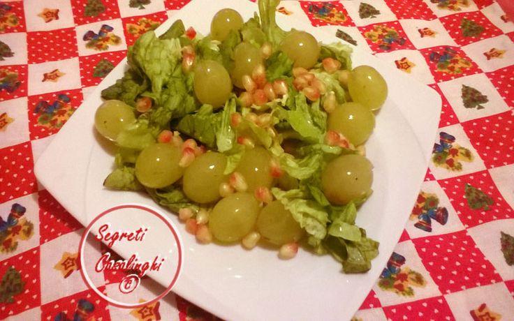 insalata uva melograno, melograno all'insalata, melograno uva e insalata ricetta, ricette insalate, ricette insalate facili, ricette insalate festività natalizie