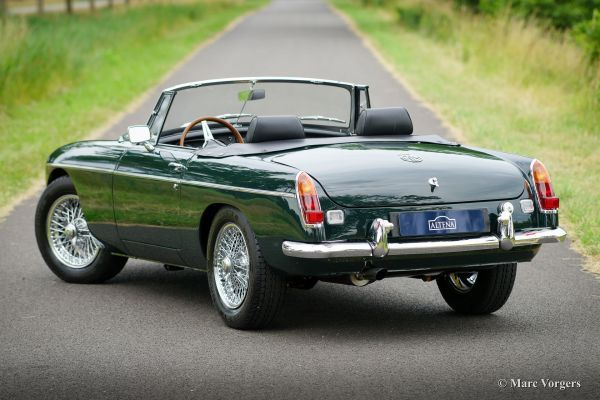 Mg Mgc Roadster 1968 Welcome To Classicargarage Old Sports Cars Roadsters British Sports Cars