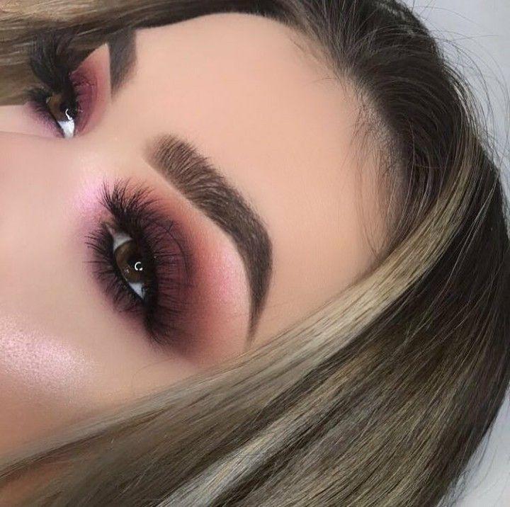 Makeup tonos vino #EyeMakeupPurple #maquillaje #makeup