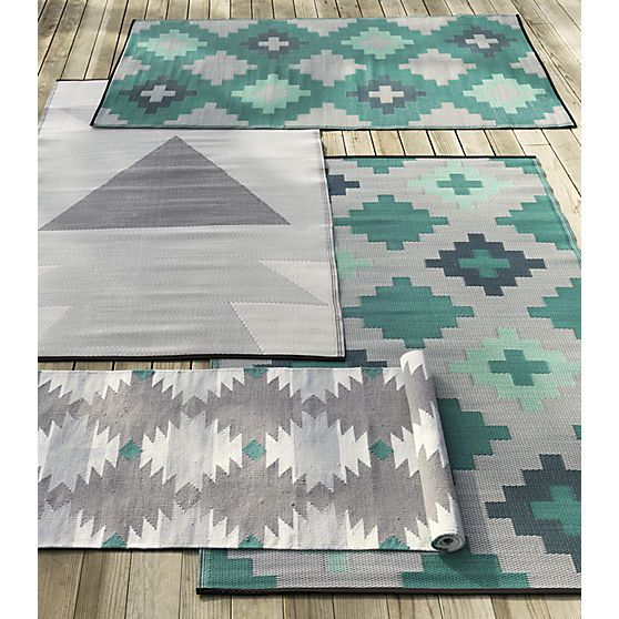 neutral reversible outdoor rug 5'x8'  | CB2