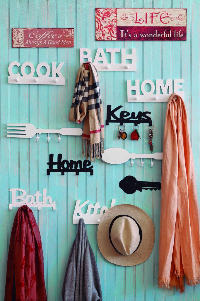 Los percheros son claves  en la decoración de un lugar.  ¡Entrégale a tu hogar un estilo moderno!  http://www.easy.cl/especial-easy-bazar   #Percheros #Decoración #Hogar #EasyBazar #CambiaViveMejor #Easy #TiendaEasy