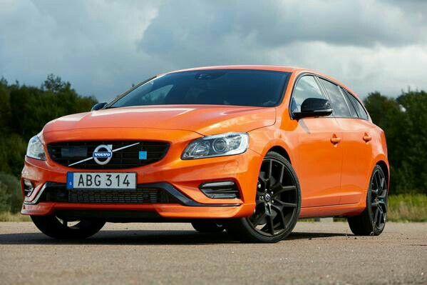 Volvo V60 polestar orange
