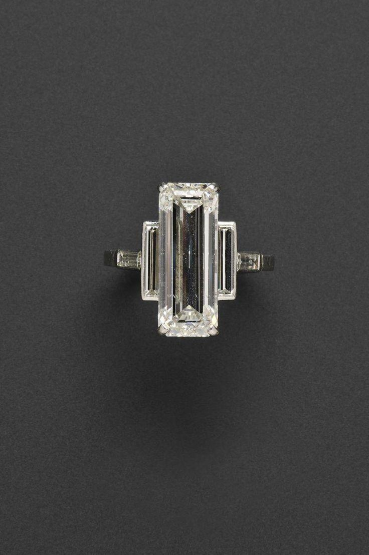 ZsaZsa Bellagio – Li  ZsaZsa Bellagio – Like No Other: Dreamy Wedding Inspiration Cartier diamond ring