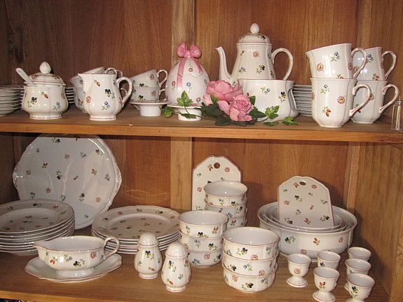 villeroy en boch petit fleur love my china it goes. Black Bedroom Furniture Sets. Home Design Ideas
