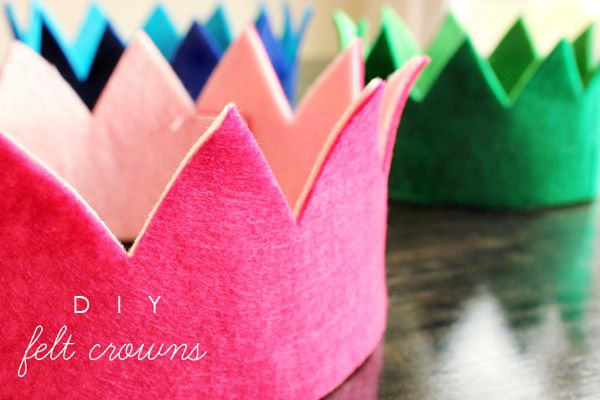 No sew felt crowns, good craft idea for kids and short notice