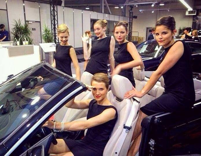 BMW Job  #cars #shoot #ilovemyjob #girls #black #dress #creator #blond #hair #luxostylee #mylife Hotels-live.com via https://www.instagram.com/p/BBe6kZsNfLz/ #Flickr