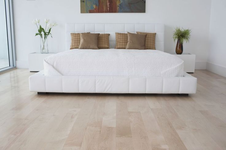 30 Wood Flooring Ideas And Trends For Your Stunning Bedroom Bedroom Flooring Bedroom Flooring Options Bedroom Wood Floor