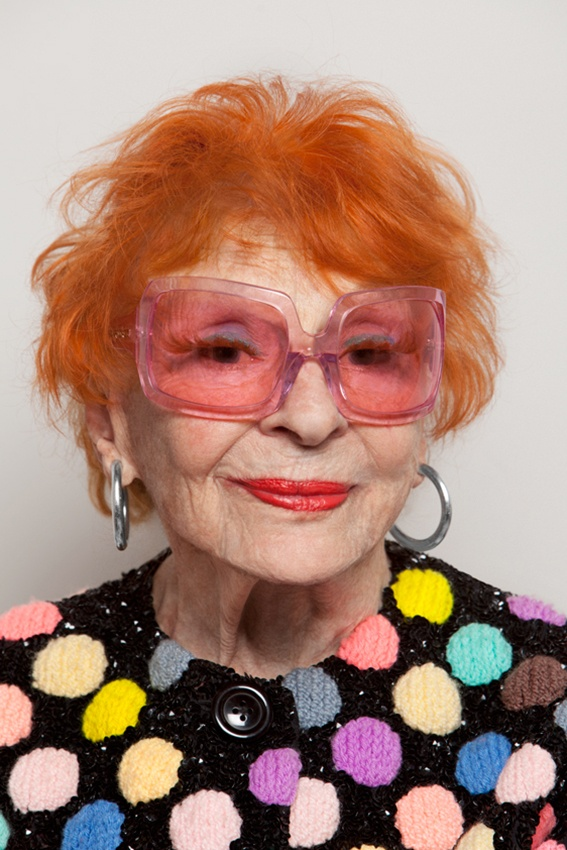 """{this is what 92 looks like} Ilona Royce Smithkin, an artist + performer who walks up/down 3 flights to her kitchen-less West Village NY apartment everyday. """"I greet every day as a gift"""". She's my new hero."""