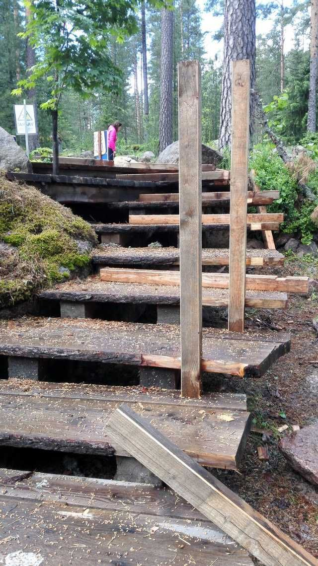 Best I Built Live Edge Outdoor Stairs With Rope Railing And 400 x 300