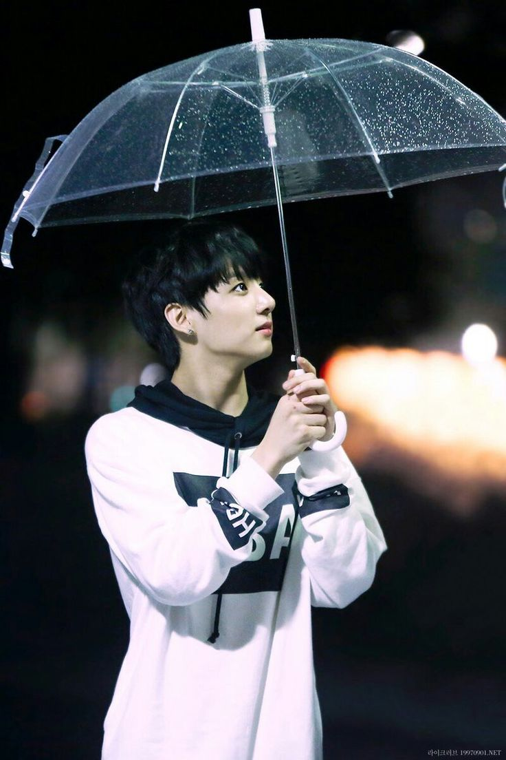 JK (Jungkook) The weather is Rainy , And an Umbrella ♡