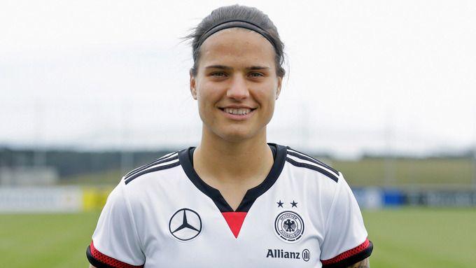 Dzsenifer Marozsán::Mittelfeld::Team::Frauen-Nationalmannschaft::Frauen::Mannschaften::DFB - Deutscher Fußball-Bund e.V.