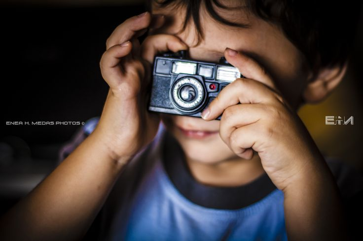I Would like to be a Photographer - www.facebook.com/enea.mds Twitter.com/EneaHany Instagram: eneah.px