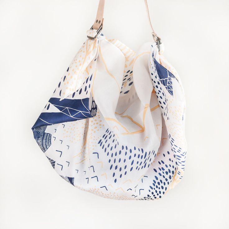 Furoshiki Blossom montagne & cuir Tan portent ensemble courroie par TheLinkCollective sur Etsy https://www.etsy.com/fr/listing/127685249/furoshiki-blossom-montagne-cuir-tan