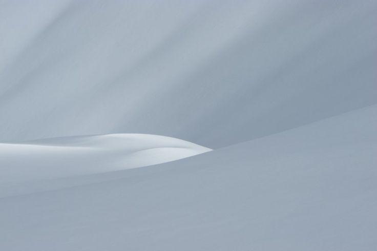 Es geht auch ganz simpel: Dieses Schneehang-Bild von Mauro Faletti wirkt wie...