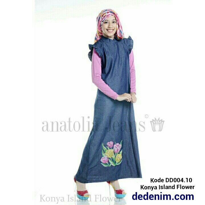 Konya merupakan model terbaru berbahan Denim otentik lembut, Konya merupakan Denim dengan Bordir model bunga island dengan kualitas bordir terbaik, casual, simple, dan feminim.    Size : S/M/L/XL/XXL  untuk order silakan ketik : nama-alamat lengkap-kode barang-size-nomer hp kirim ke 081903773006.    #dedenimdotcom #denim #jeans #dress #gamis #kemeja #blouse #woman #onlineshop #olshop #goodOOTD #hijab