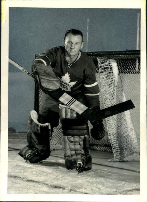 05-22-16  JOHNNY BOWER Former Toronto Maple Leafs — Crave the Auto