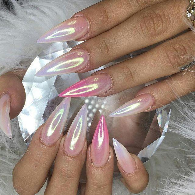 Pale chrome metallic stiletto nails