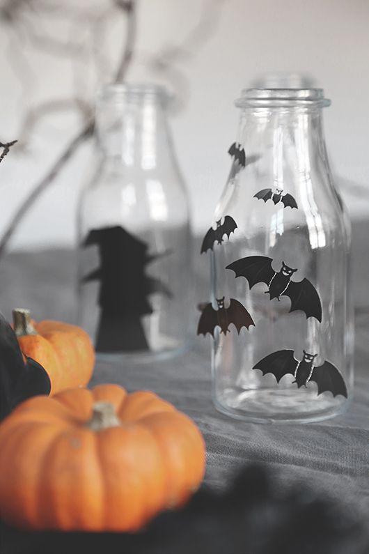 Trendenser together with Panduro www.pandurohobby.com Halloween by Panduro www.trendenser.se #DIY #tablesetting #pumpkin #black #Trendenser #halloween #diy #craft