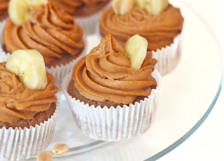 Banana muffins with putt frosting quinoa flour