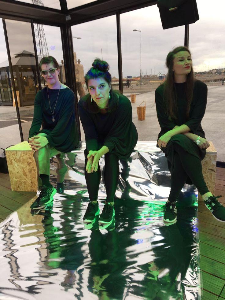 #designartmaja #lucialasipaviljonki esiintymispaikkana Kalasatamassa Helsinki Design viikolla #HDW2017. #finnishdesign #madeinfinland #glasspavilion www.lasipaviljonki.fi glass-gazebo.com