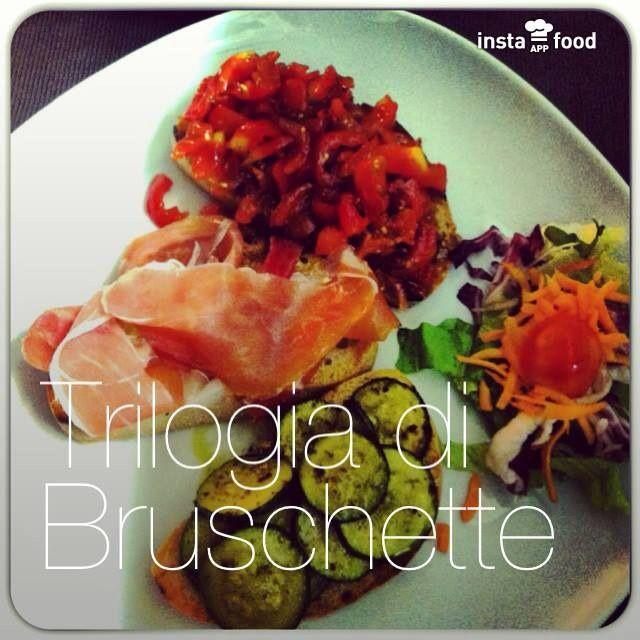 Trilogies di bruschette. Coco's - Pizza e Cucina Mediterranea - Tarquinia Lido (Vt) 338/6064127