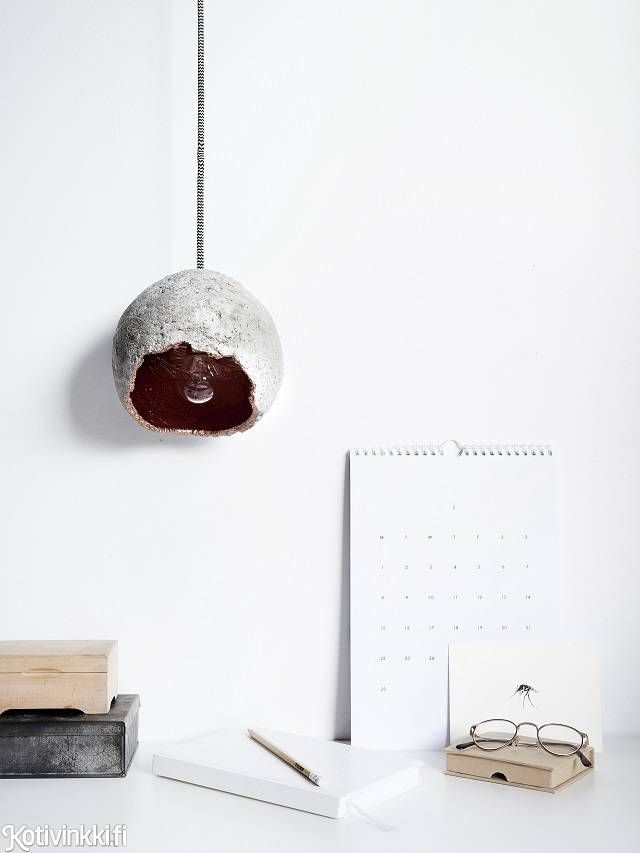 DIY concrete light | Kotivinkki Photo Riikka Kantinkoski