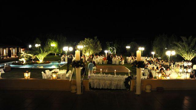 Νυχτερινή άποψη από το κτήμα γάμου