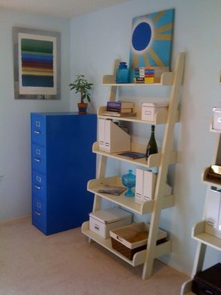 how to spray paint file cabinet i like the blue color. Black Bedroom Furniture Sets. Home Design Ideas