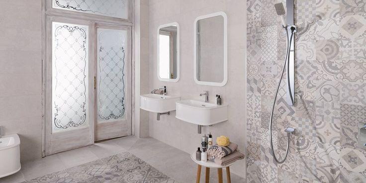 Kylpyhuone on tunnelmaltaan varsin romanttinen, vaikka mukana on myös moderneja yksityiskohtia. Laatoista tehty matto on kaunis ja käytännöllinen. Yksiväriset laatat: EP Dover, väri Caliza, marokkolaislaatat: EP Antique, väri Brown │ Laattapiste