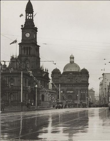 Town Hall & Queen Victoria Makets ' Kings Jubilee Day' Sydney ca. 6 May 1935 Photo Harold Cazneaux State Library of NSW