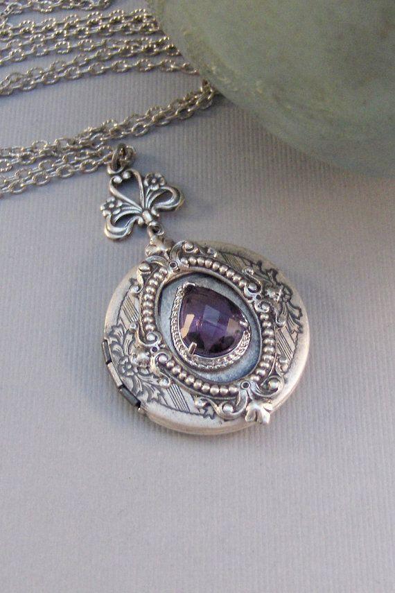 Victorian AmethystLocketAntique LocketSilver by ValleyGirlDesigns $33.00