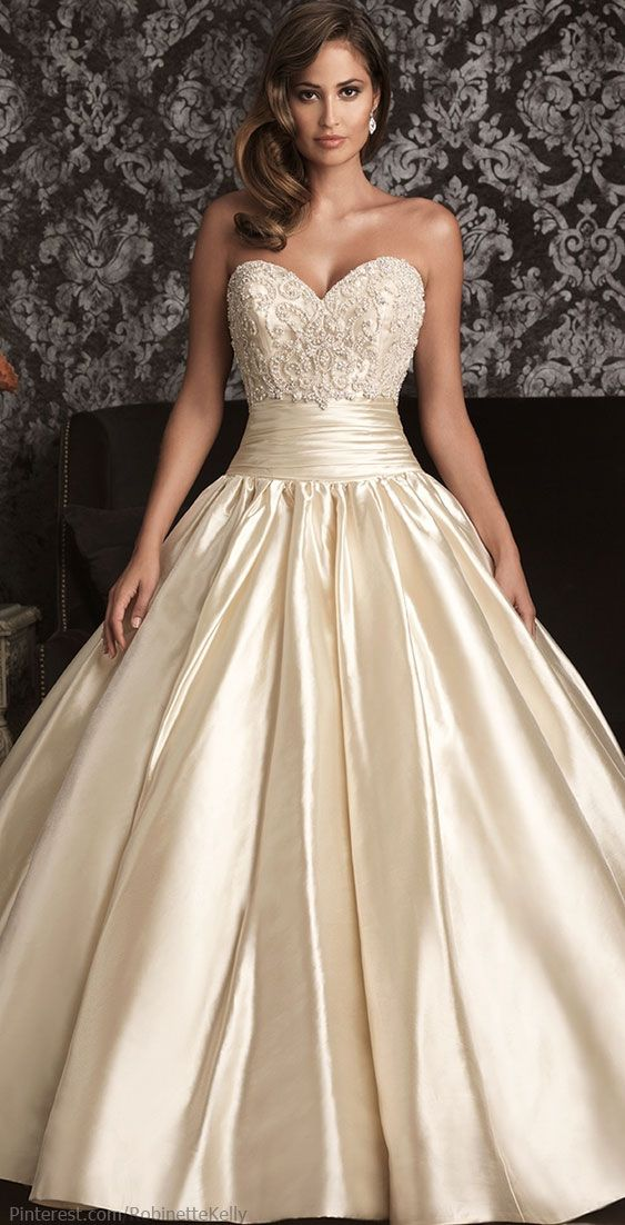 OMG I LOVE THIS DRESS if i coulf find it and it came in white i would say yes to this dress