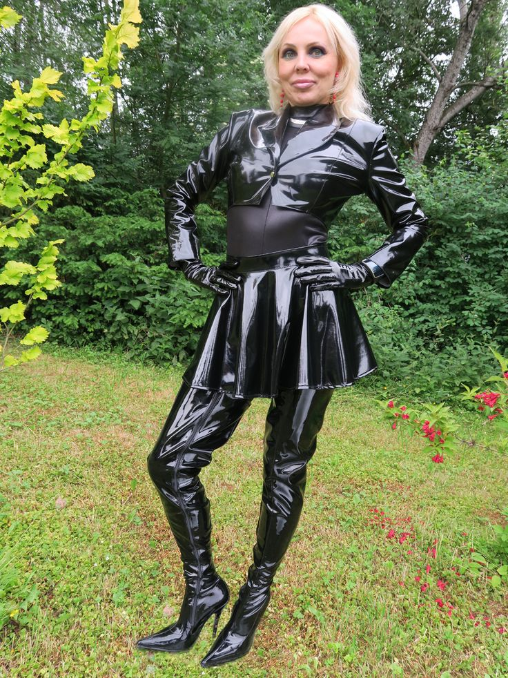 Milf in pvc coat amp leather lace up basque - 3 8