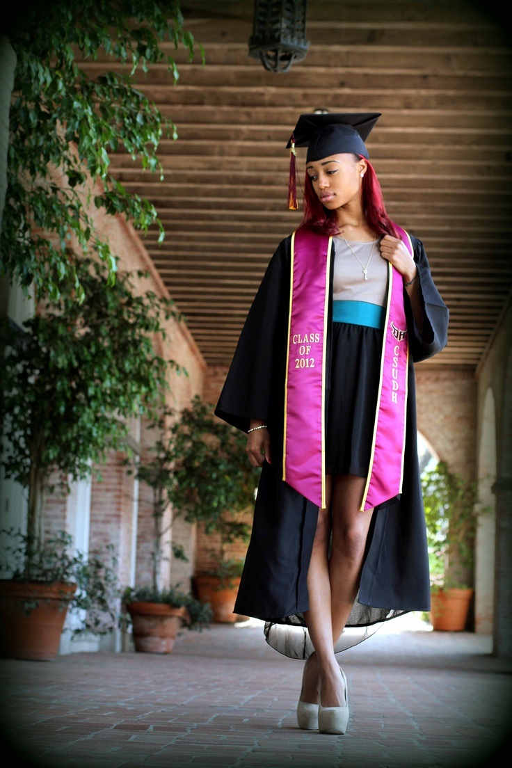 what to wear to law school graduation ceremony